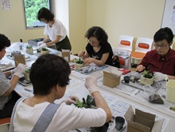 7月3日 多肉植物の寄せ植え教室